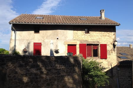 Chambres dans maison de village - Grane - Bed & Breakfast