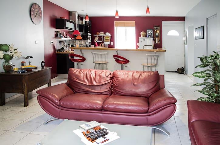 Vichy Maison au coeur de l'Auvergne - Creuzier-le-Vieux