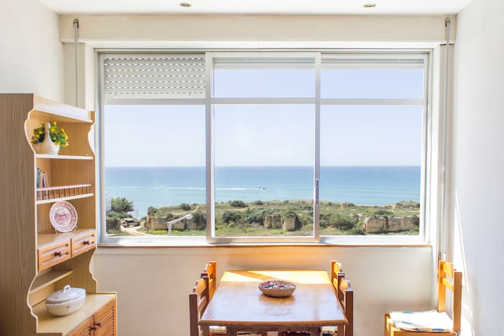 Sunny Apartment Facing the Sea - Armação de Pêra - Appartement