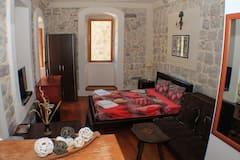 Kotor+Old+Town+Studio+apartment