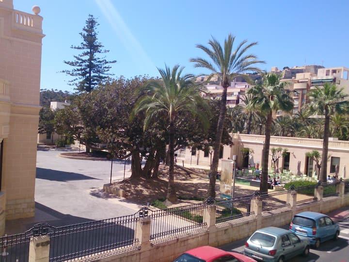 """Alicante, en el """"Plá de Bon Repós"""""""