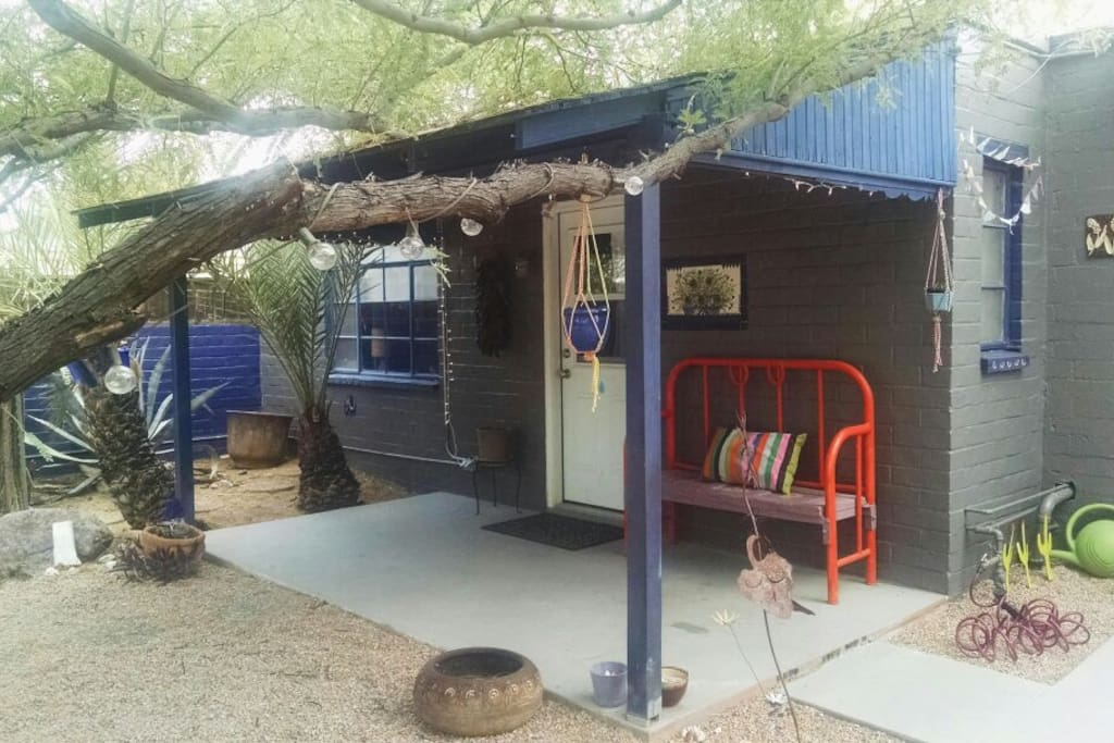 Desert Casita in Quirky Tucson