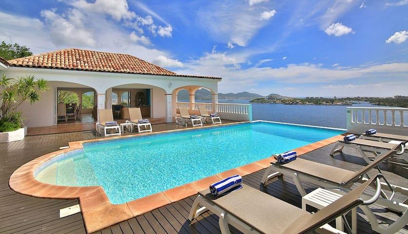 4 bd, marina, tennis court, terrace - Marigot - Villa