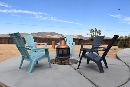 Mojave Vista - A Joshua Tree Retreat