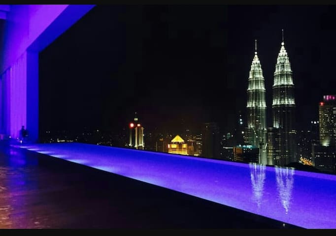 Entire Apartment 2,VIP Sky Pool,Near KLCC