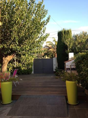 Charmante villa 2 chambres à 100M de la plage - Saint-Cyr-sur-Mer