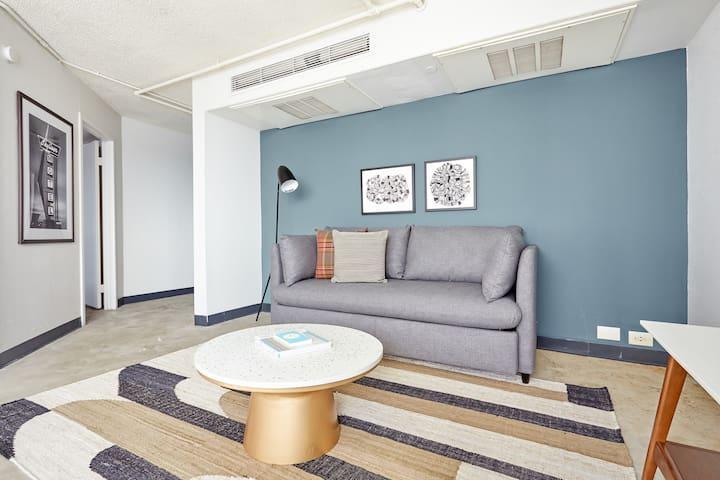 Sonder | Dobie Center | Ideal 2BR + Pool