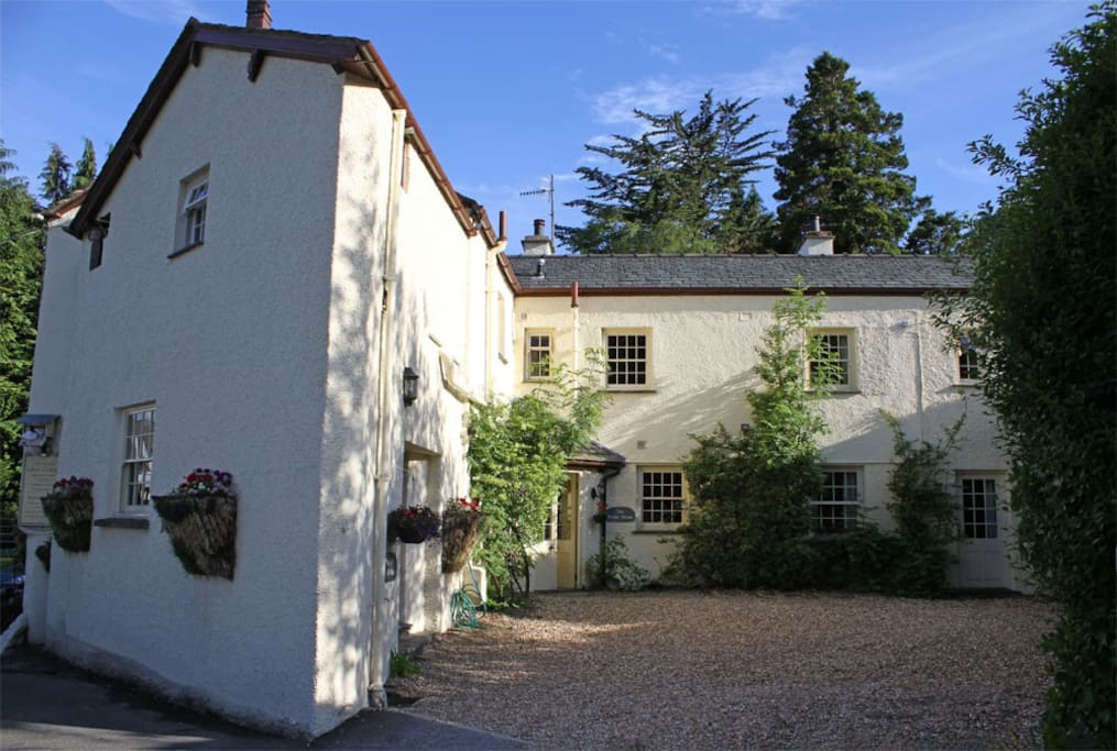 Bridge House | Located in centre of Coniston Village!