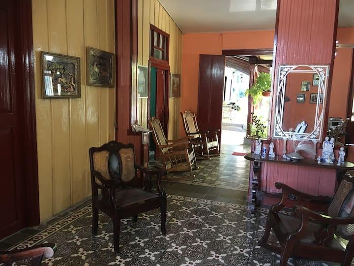 Chez Terina, chambre orange