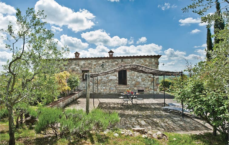 Holiday cottage with 3 bedrooms on 130 m² in Gaiole in Chianti SI