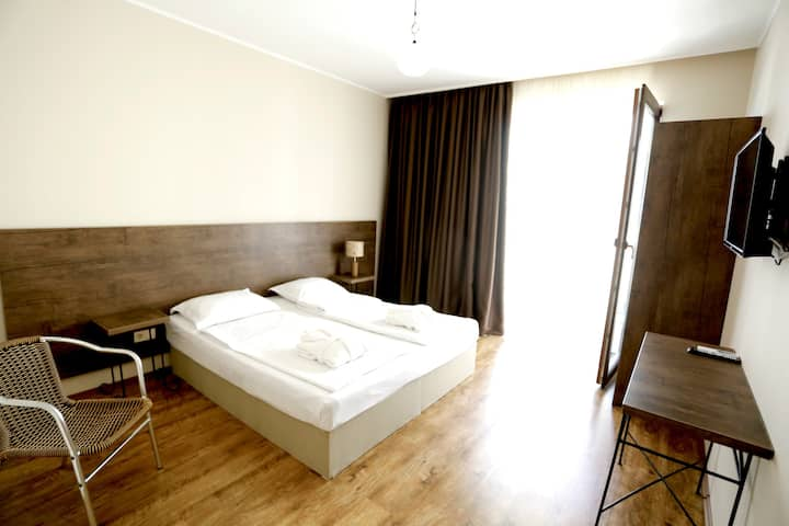 Hotel Homey