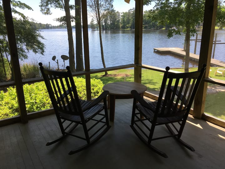 Waterfront 3  BR 2 BA  Bath Creek...Views,  Pier