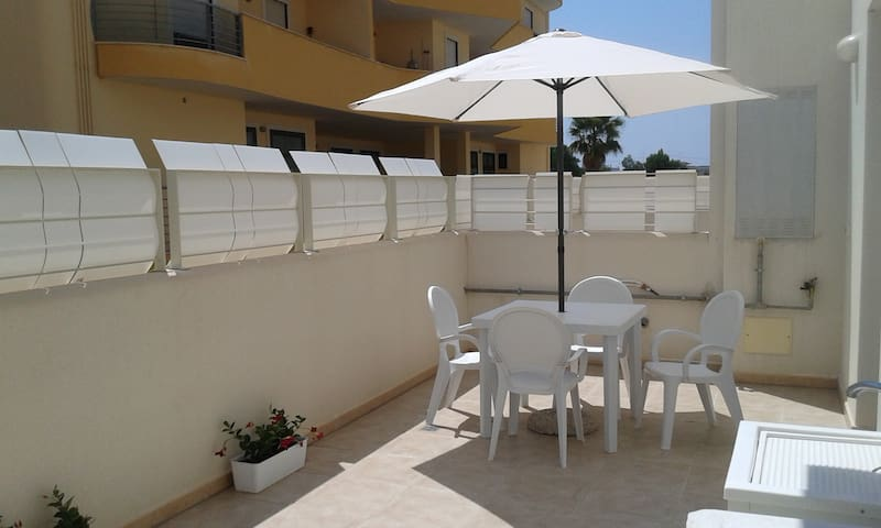 Two-room apartment with large furnished terrace