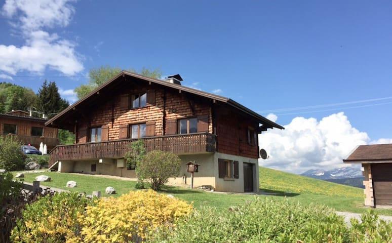 Chalet à la Montagne, en Haute Savoie