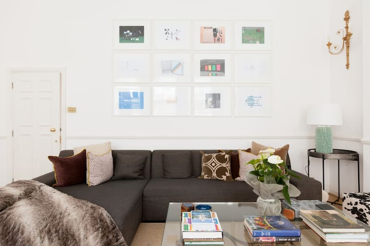 With diverse art and comfortable furniture
