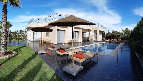 Villa DAR ENJOY, moderne, vaste et de plain pied