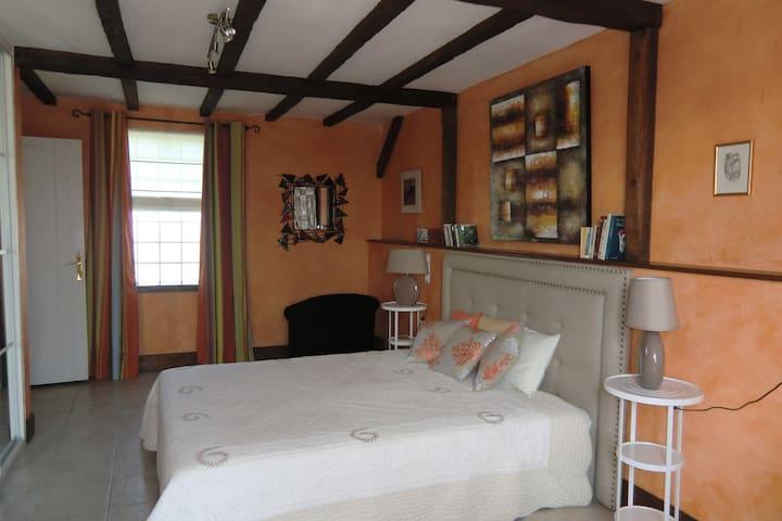 Chambre Mandarine pour 3 personnes - Saint-Lubin-en-Vergonnois - Oda + Kahvaltı