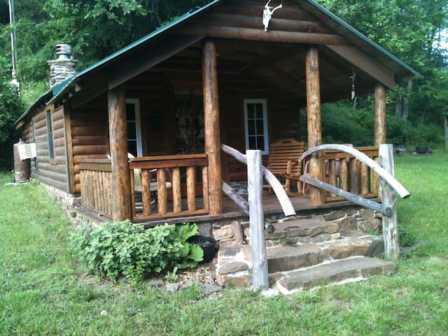 Log Cabin-Fayetteville/West Fork