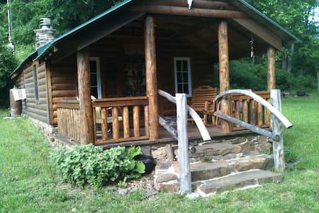 Log Cabin-Fayetteville/West Fork - Blockhütte