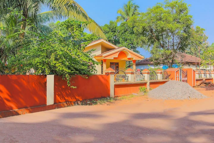 OYO Home Studio Near Vagator Beach(1.1 km) - Discount Alert!