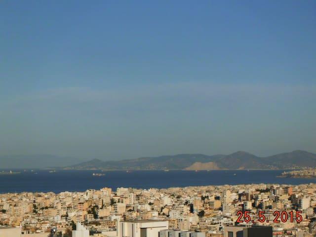 Incredible view at nothern suburbs! - Ilioupoli - Huoneisto