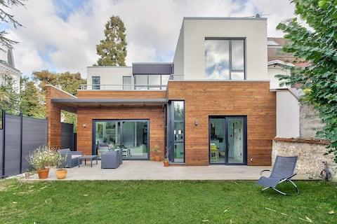 Maison d'architecte Eco-climatique  / 140 M2