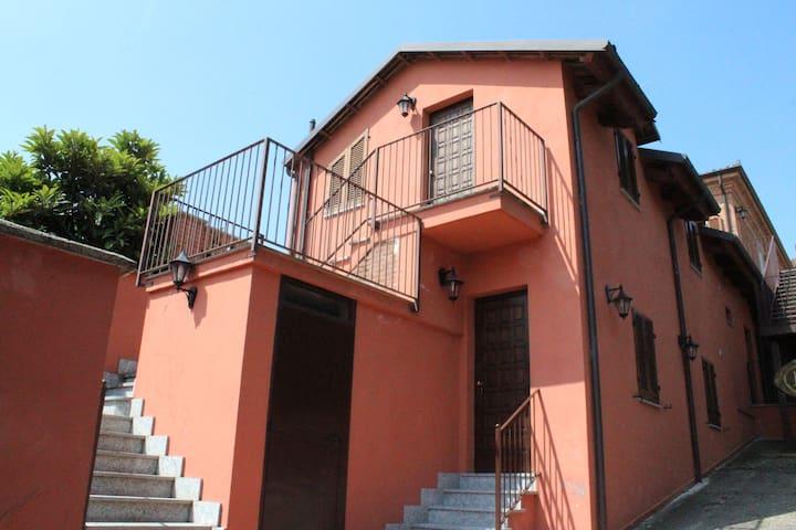 """Suite """"Canelli"""" - Locanda Pastura ad Agliano Terme - Agliano - Lägenhet"""