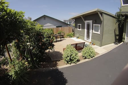 Ocean View Cottage in Morro Bay
