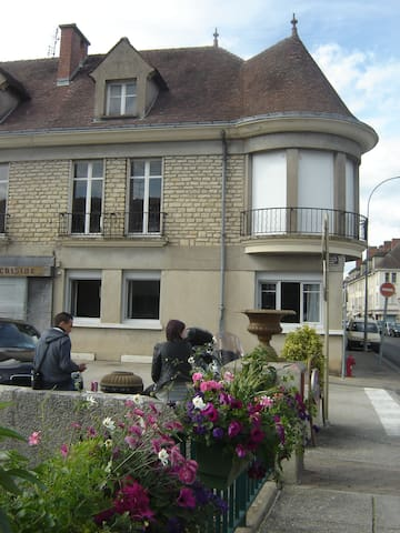 plein pied calme  en centre ville - Châtillon-sur-Seine - Townhouse