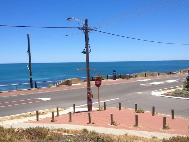 Beach Side - Marmion