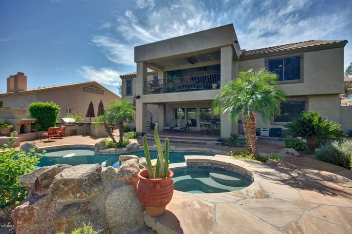 Fountain Hills, Paradise on Pinto - pool/spa/view!