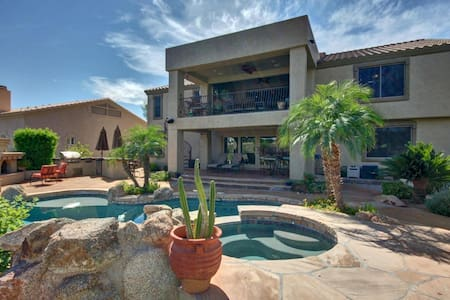 Fountain Hills, Paradise on Pinto - pool/spa/view!