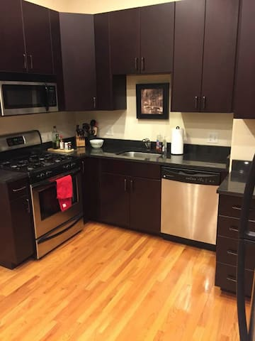 Beautiful apartment in River West just for you! - Chicago - Apto. en complejo residencial