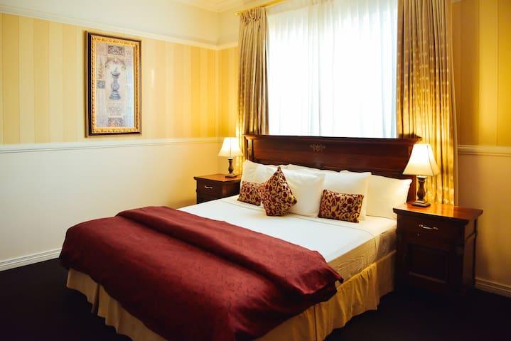 Redearth Spa Queen Suite