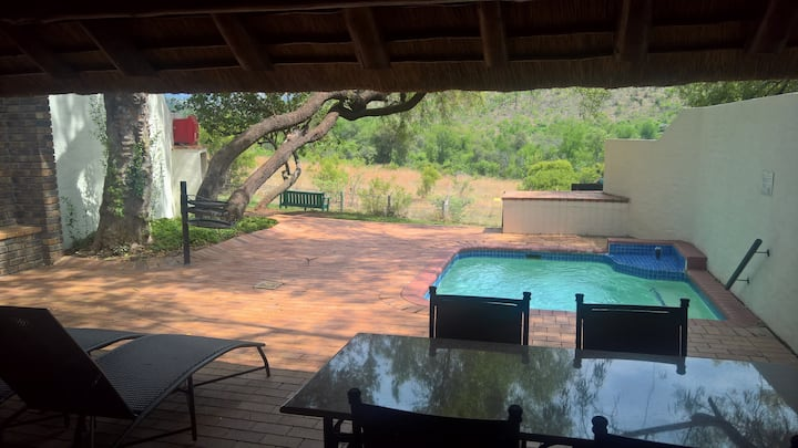 KwaMaritane Executive Chalet sleeps upto 8 + pool