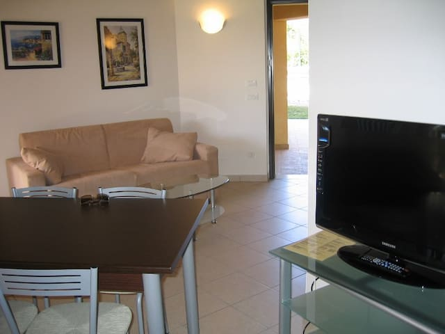 Appartamento Bilocale per 2/4 pax - Moniga del Garda - Apartamento