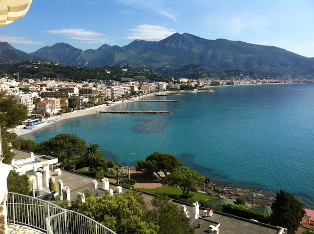 Castle overlooking the sea - Roquebrune-Cap-Martin - Apartament