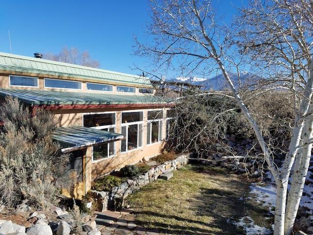 Tranquil Taos Getaway - El Prado - Casa-Terra