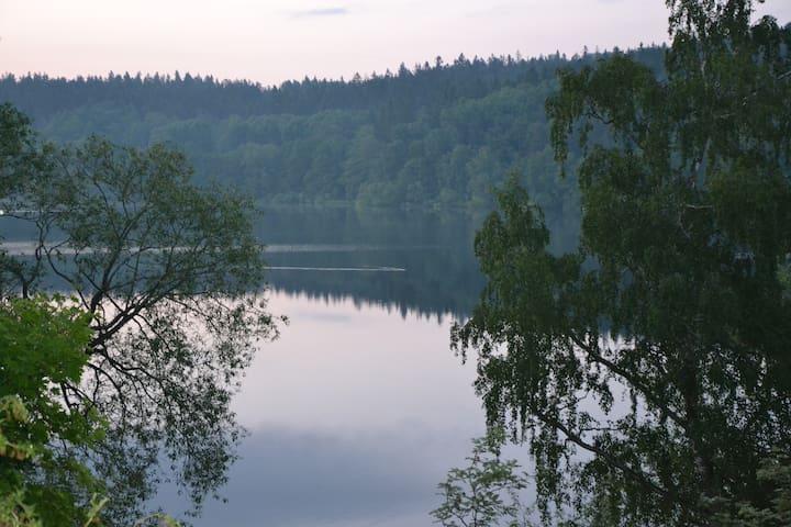 Modern studio by lake Norrviken - Sollentuna - Casa