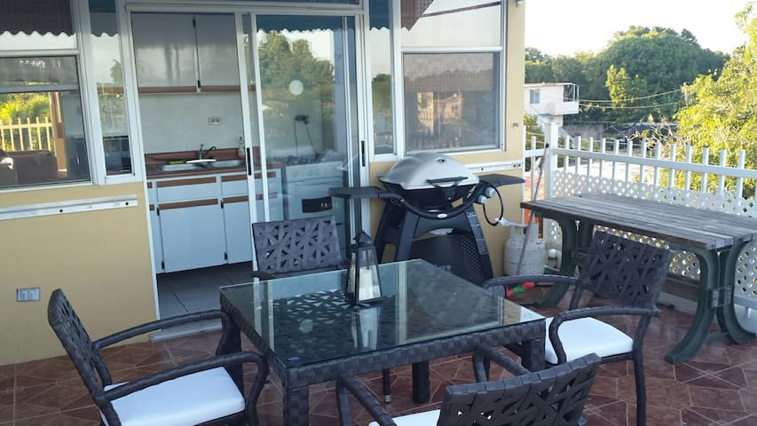 Penthouse ,Clean, safe, and fun - Aguadilla - Apartemen