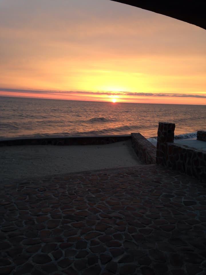 Quiet paradise beach house in Las Bocas, Sonora MX