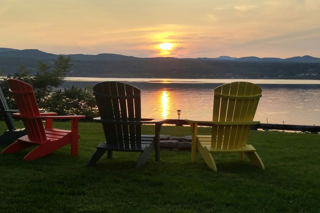 Front row seats to spectacular sunsets, plus a fire pit!