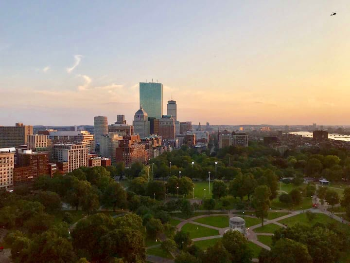 LUXURY CONDO BEST LOCATION IN BOSTON