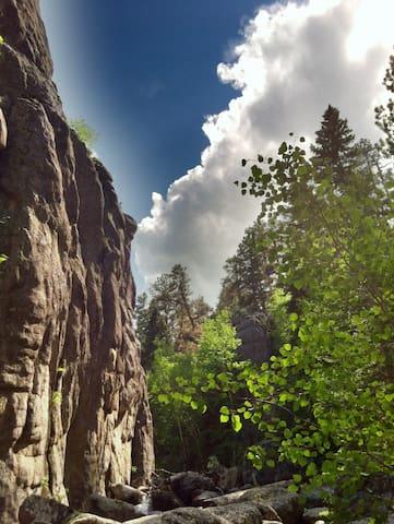 Hiking near Mt. Rushmore