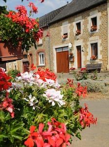 """l'hirondelle """"clevacances"""" 3 clefs - Girondelle - Casa"""
