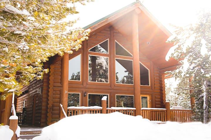 Trail's Edge Cabin - 30 min drive to YNP entrance!