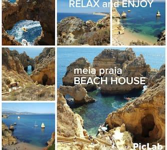 BEST BEACH HOUSE on amazing spot - Casa