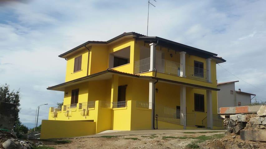 Nuova e confortevole abitazione - Atzara - Dom