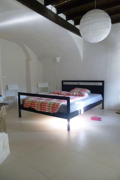 Hauptschlafzimmer - angenehm kühl im Sommer