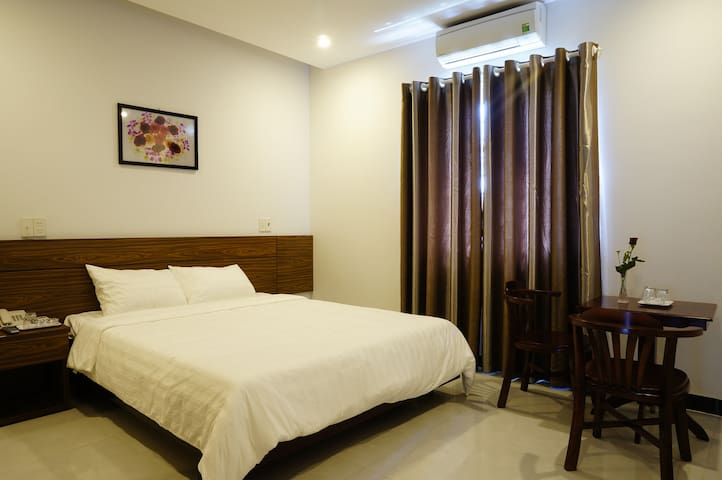 Superior room Near the Beach - Ngu Hanh Son